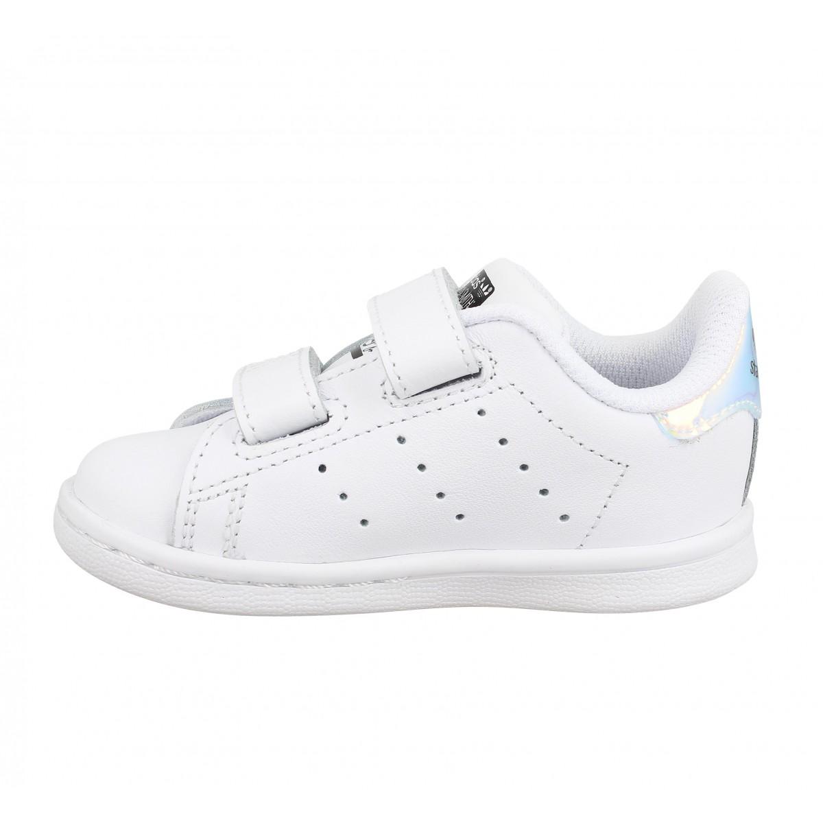 adidas stan smith blanc argent enfants fanny chaussures. Black Bedroom Furniture Sets. Home Design Ideas