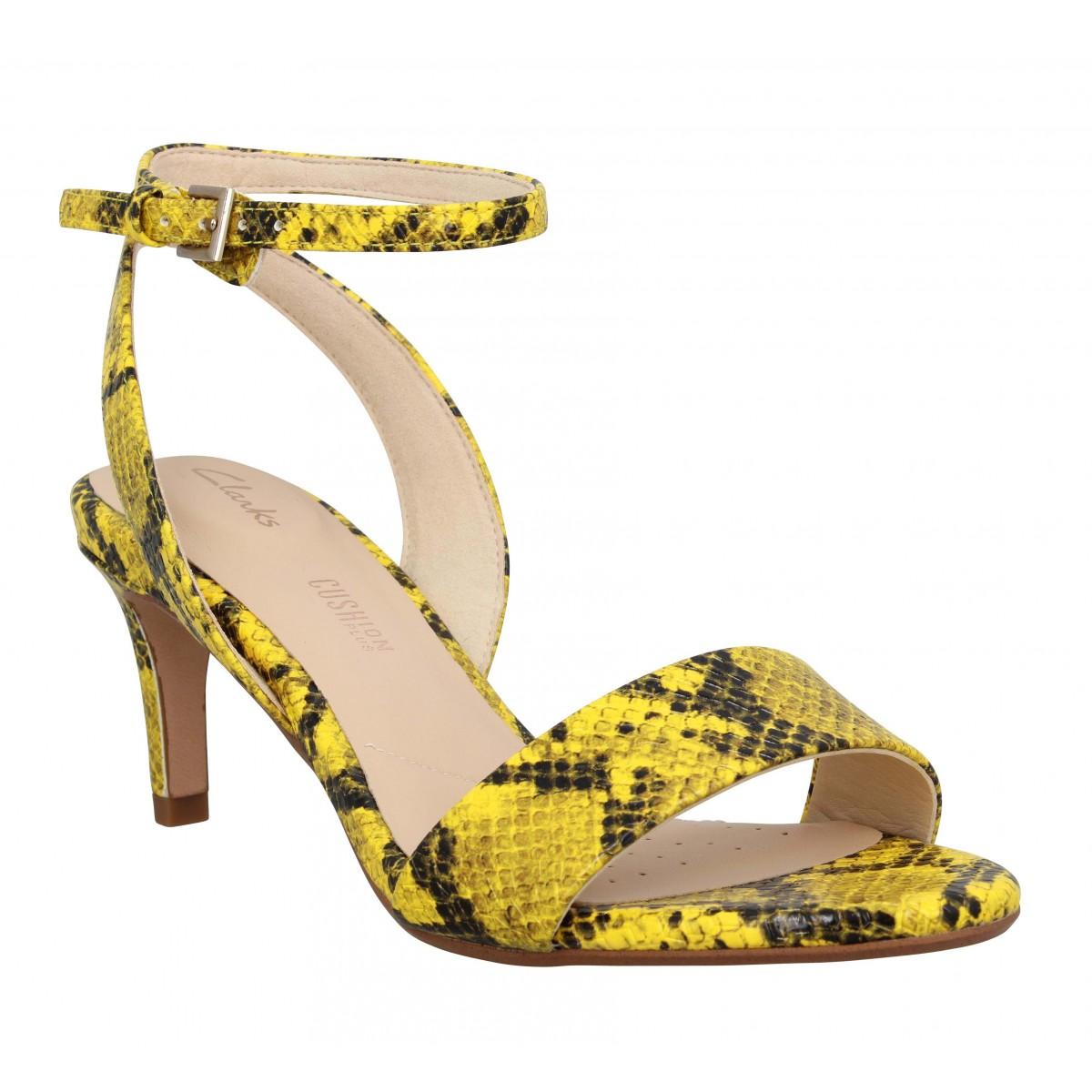 Sandales talons CLARKS Amali Jewel snake Femme Jaune