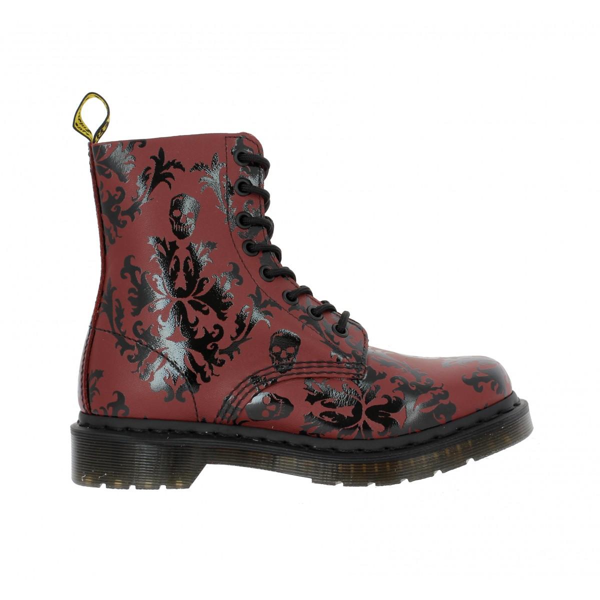 dr martens cassidy cuir femme rouge noir fanny chaussures. Black Bedroom Furniture Sets. Home Design Ideas
