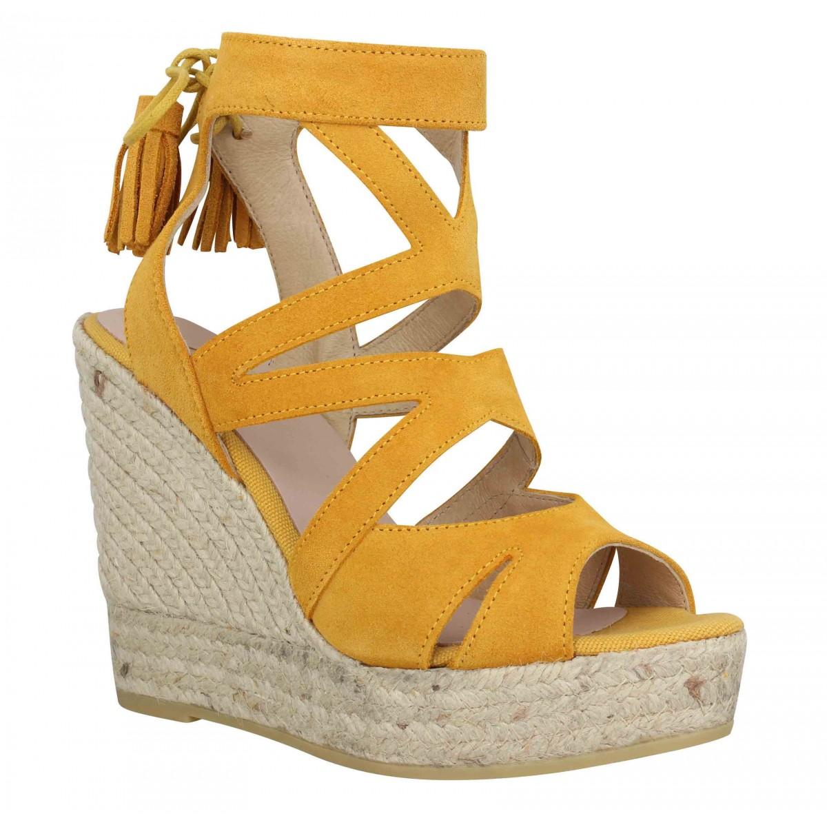 Sandales talons KANNA 6022 velours Femme Jaune