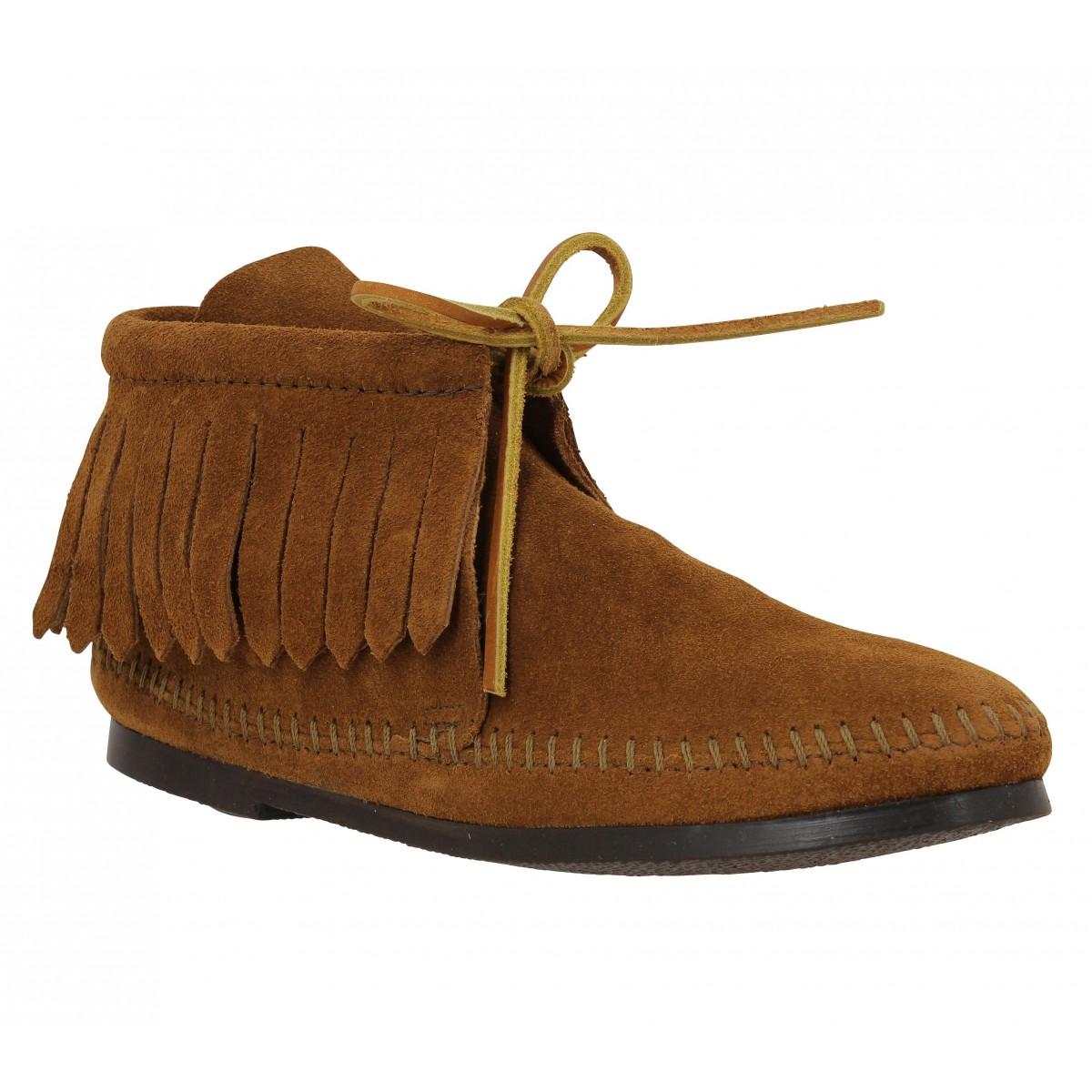Minnetonka Femme Classic Fringe Boot...