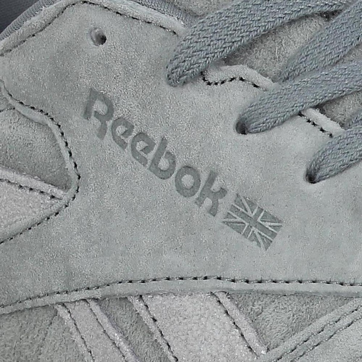 Chaussures Reebok classic leather shimmer velours femme gris